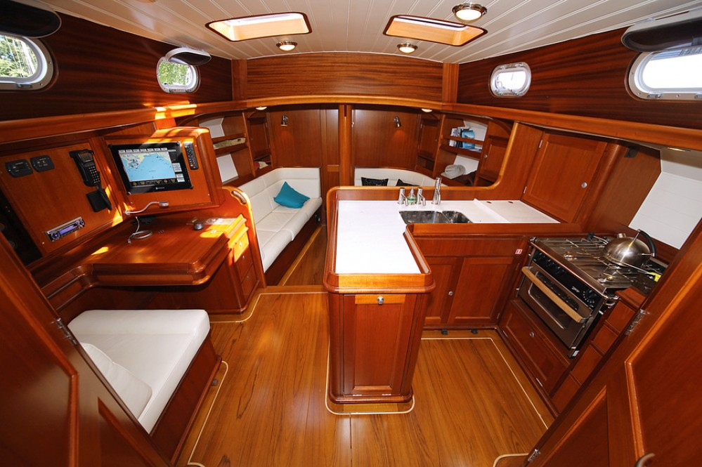 Classic Interior Arjen Keer Yachtdesign